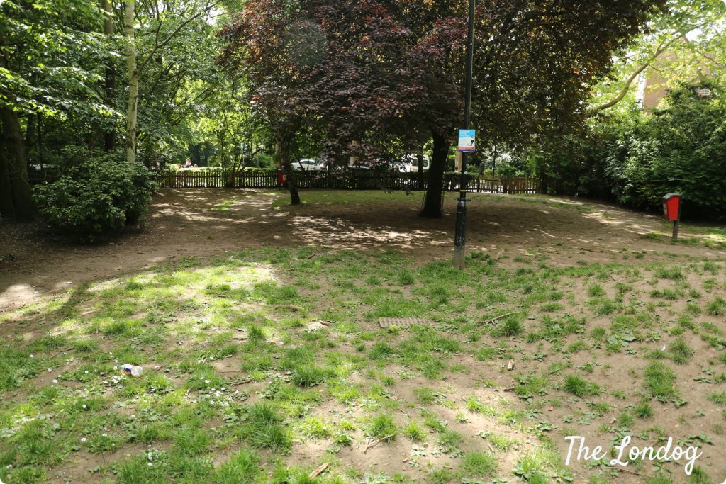 Paddington Recreation Ground - 2nd dog area | The Londog.com copyright