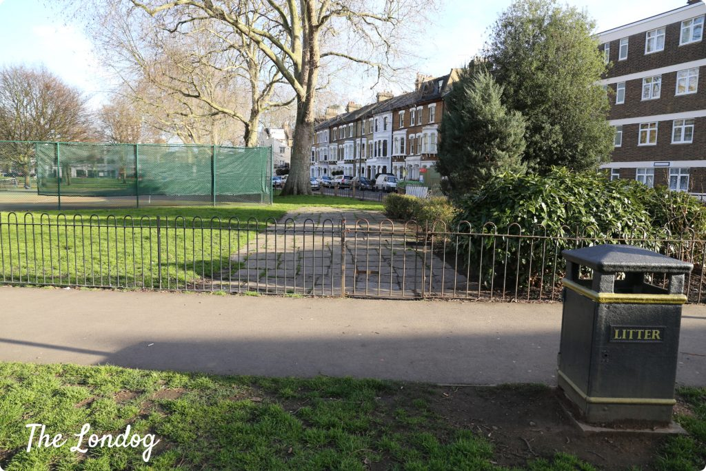 Eel Brook Common dog park