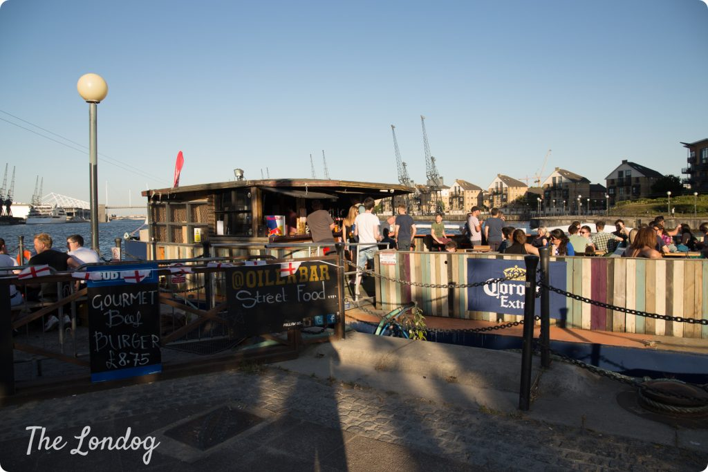 Dog-friendly Oiler Bar at Royal Docks